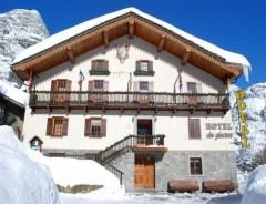 Hotel DES GLACIERS ***