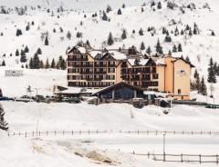 Passo Tonale - Hotel PIANDINEVE SKIPAS ****